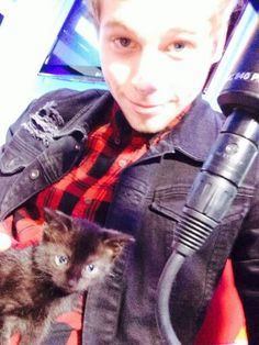 """*IMAGINE*  You felt the buzzing of your phone, signaling a text. You pick it up to find out who it is. It's your boyfriend Luke.  """"babe , can we adopt a cat?"""""""