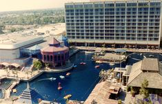 This is the way I remember it. Disneyland Hotel, Vintage Disneyland, Disneyland Times, Old Disney, Disney Love, Disney Magic, Disney Theme, Vintage Hotels, Disney Pictures