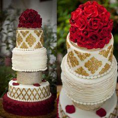 Fresh Flower Wedding Cake By Ipa S Cakes Mamma Bakes Bigindianwedding Indianwedding
