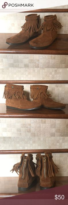 Minnetonka moccasin Brown Suede Fringe Boots Great condition. Super cute boots. Run true to size. Minnetonka Shoes Ankle Boots & Booties