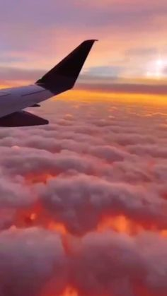 Sky Aesthetic, Aesthetic Colors, Aesthetic Movies, Travel Aesthetic, Aesthetic Pictures, Beautiful Ocean Pictures, Beautiful Nature Scenes, Animal Original, Aesthetic Photography Grunge