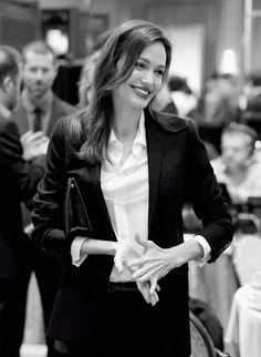 Angelina Jolie pose avec toute sa famille pour Vogue (Photos)