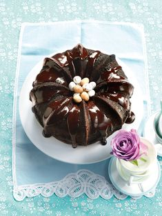 Looking for a quick and delicious chocolate cake for Easter? Try this chocolate bundt cake with mocha glaze recipe Food Cakes, Cupcake Cakes, Bundt Cakes, Cupcakes, Cake Recipes Uk, Dessert Cake Recipes, Desserts, Mocha Chocolate, Chocolate Bundt Cake