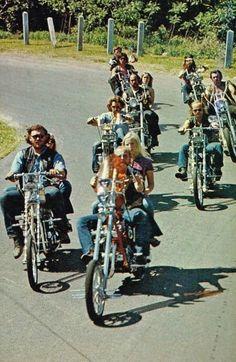 dust&metal Chopper Motorcycle, Bobber Chopper, Triumph Chopper, Retro Motorcycle, Harley Davidson Chopper, Harley Davidson Motorcycles, Vintage Motorcycles, Custom Motorcycles, Custom Choppers