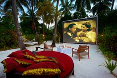 #Movies under the #stars at Anantara Kihavah #Maldives....#justthetwoofus Best honeymoon trip!