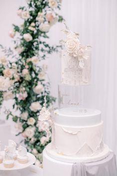 Wedding Desserts, Wedding Cakes, Acrylic Cake Stands, Event Planning Design, Wedding Planning, Dessert Table Decor, Pretty Birthday Cakes, Couture Cakes, Wedding Vendors