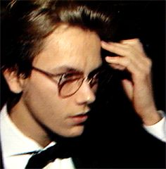 Discover & share this Animated GIF with everyone you know. GIPHY is how you search, share, discover, and create GIFs. River I, River Phoenix, Pretty Boys, Cute Boys, Pretty People, Beautiful People, Play That Funky Music, Johnny Depp, White Man