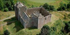 Lost In A FlashForward: OUTLANDER - Come è nato il Castello di Leoch