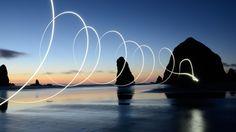 Grandes mudanças podem nos balançar e deixar desnorteados por um tempo, mas elas não precisam ser tão ruins, da forma que inicialmente as percebemos. Se levados de maneira positiva, os períodos de transição podem a desenvolver auto crescimento, conhecimento e consciência. Leia nossas dicas valiosas de como lidar com MUDANÇAS! http://humanissimo.com.br/4-maneiras-de-lidar-com-grandes-mudancas/
