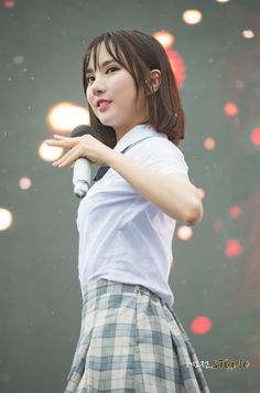 GFRIEND - EunHa 은하 (Jung EunBi 정은비) at Lotte Waterpark 160702 #여자친구 단발 롯데워터파크