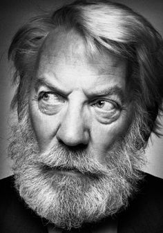 donald sutherland by platon Donald Sutherland, Black And White Portraits, Black And White Photography, Old Faces, Face Expressions, Celebrity Portraits, Interesting Faces, Photo Reference, Studio Portraits