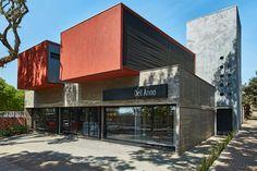 Une Arquitetura + Arqmais Arquitetura: Loja, Maringá, PR