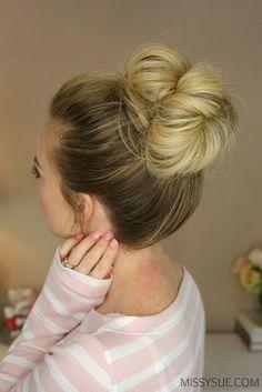 Perfect messy bun tutorial – Tutorial Per Capelli Cute Messy Buns, Perfect Messy Bun, Easy Bun Hairstyles, Headband Hairstyles, Trendy Hairstyles, Wedding Hairstyles, Woman Hairstyles, Homecoming Hairstyles, Creative Hairstyles