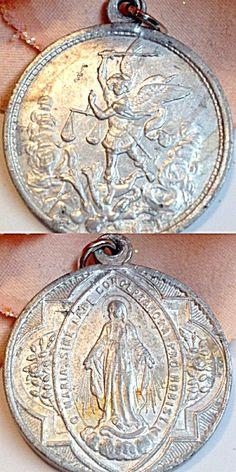 Vintage Saint Michael Virgin Mary Miraculous Medal Mens ladies (Image1)