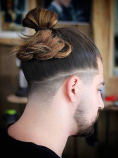In the modern era, the samurai hairstyle has been transformed into top knot and man bun styles. Samurai hairstyles,Also known as Chonmage, Samurai hairstyles have been around for years. Man Bun Haircut, Man Bun Hairstyles, Long Hairstyles, Hairstyle Ideas, Top Knot Hairstyle, Haircuts, Medium Hair Cuts, Long Hair Cuts, Medium Hair Styles