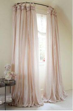Use Round Shower Curtain
