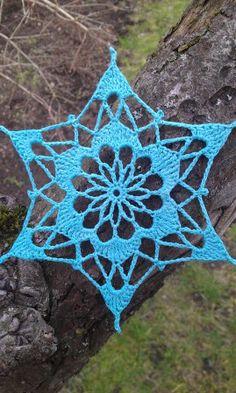 Crocus Snowflake, one of 73 free snowflake patterns