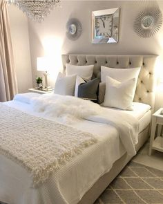 Master bedroom headboard - Home Decor Bedroom Romantic Master Bedroom, Beautiful Bedrooms, Dream Bedroom, Home Decor Bedroom, Bedroom Ideas, Bedroom Interiors, Headboard Ideas, Home Interior, Interior Design Living Room