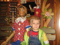 5Aeroport_Roma_Stefanut si Pinocchio