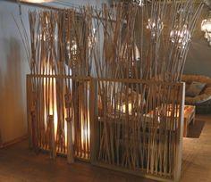 bambou decoratif, cannes en bambou pour separation de deux zones d'une piece