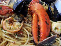 Oggi vi cucino così!: Spaghetti con Astice e Frutti di Mare