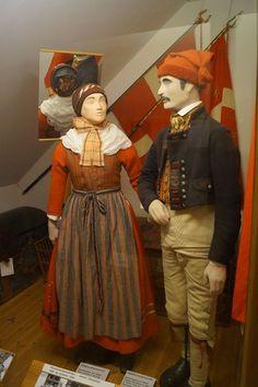 Hinnerland dragt, Rebild Museum