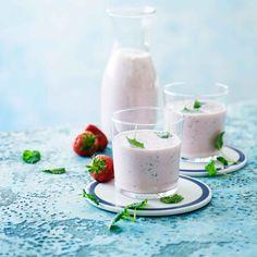 Raikas smoothie, joka sopii aamupalaksi tai välipalaksi.