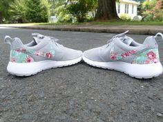 ee9806027f4b 24 besten Schuhe Bilder auf Pinterest   Nike roshe run, Women nike ...