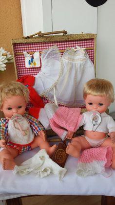 LOTE DE BABY MOCOSETE DOS MUÑECOS CANASTILLA Y ROPITA EPOCA NANCY in Juguetes, Muñecas y accesorios, Muñecas modelo y accesorios | eBay Vintage Dolls, Baby Dolls, Nostalgia, Memories, Antique, Toys, Ebay, 70s Toys, Retro Toys