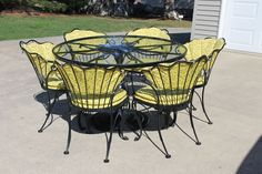 Rare PATIO WOODARD  TABLE & 6 CHAIRS IRON  SCROLLING DESIGN & ROSE…