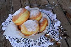 Pretzel Bites, Cool Websites, Pesto, Cupcake, Food And Drink, Sweets, Bread, Baking, Drinks