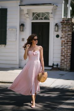 Pink Paradise, Charleston – The Londoner