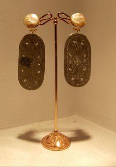 jade with pearls earrings...