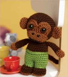 Free Crochet Toy Patterns Lookit How High His Wee Little Pants Are!!  I Kinda Wanna Make A Pudgy Amigurumi With High Pants And A Crop Top, Just To See How Trashy The Critter Looks ✿⊱╮Teresa Restegui http://www.pinterest.com/teretegui/✿⊱╮