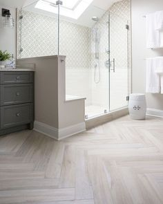 Home Remodel Inspiration - Porcelain plank-look tiles bring warmth and character to this spacious master bathroom. -Full-scale Home Remodel Inspiration - Porcelain plank-look tiles bring warmth and character to this spacious master bathroom. Bathroom Floor Tiles, Bathroom Layout, Modern Bathroom Design, Bathroom Interior Design, Bathroom Ideas, Bathroom Organization, Tile Layout, Minimal Bathroom, Shower Bathroom