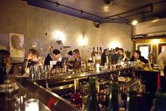 The Evelyn Drinkery is yet another bustling scene in New York City for cocktail parties. The cozy haunt features a spacious attractive backroom and has several categories of drink menu. The spiked phosphates are otherwise referred to as boozy, long drinks, egg creams, twisted classics and house cocktails. Craft beer and daily punches are yet other liquid offerings that you can find at the Evelyn Drinkery...