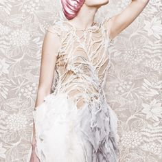 Edyta Jermacz Like to meet the woman who would pull this one off at her wedding. Earth Texture, Alexander Mcqueen, Metal Fashion, White Swan, Young Designers, Fibre Art, Crocodiles, Fashion Statements, Felting
