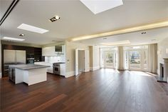 Apartments / Flats for Sale at The Buckingham, 6-9 Buckingham Gate, London, SW1E London, England