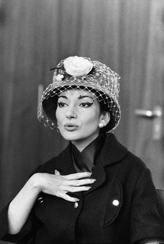 Maria Callas ( with a strange hat ! )