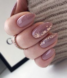 Oval Acrylic Nails, Almond Acrylic Nails, Oval Nails, Nude Nails, Nail Manicure, Glitter Nails, Gorgeous Nails, Pretty Nails, Hair And Nails
