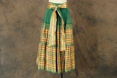 vintage 50s Circle Skirt  1950s Green and Gold by jessamity, $86.00