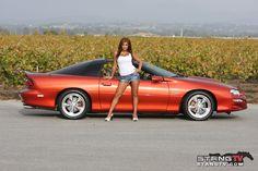 2002 Camaro SS ohhh shiitt..that's my car.
