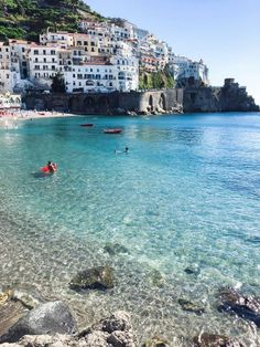 Amalfic Coast, Italy - one of the top Italy vacation spots for your Italy honeymoon. Planning a Europe honeymoon? Here are 10 of the best Italy honeymoon destinations for romance, beauty, and having an unforgettable trip to Italy! Best Honeymoon Destinations, Italy Honeymoon, Romantic Honeymoon, Italy Vacation, Best Vacations, Vacation Trips, Italy Travel, Travel Europe, Honeymoon Ideas