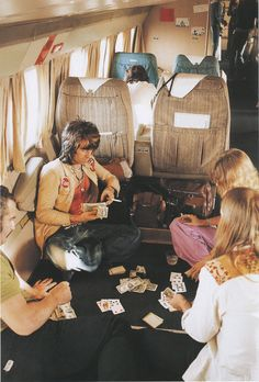 play cards on a plane