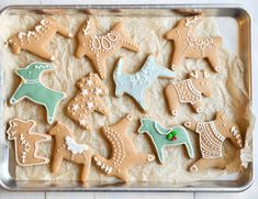 My Traditional Swedish Pepparkakor Recipe is a crisp gingerbread cookie that's a Scandinavian Christmas tradition ~ they're absolutely delicious! Ina Garten Chocolate Cake, Chocolate Bark, Pumpkin Pie Recipes, Cake Recipes, Cute Christmas Cookies, Holiday Cookies, Easy Gingerbread Cookies, Raspberry Lemon Cakes, Recipes