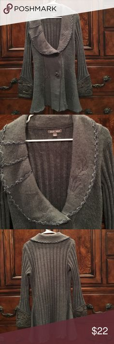 Fox Ali gray sweater Super cute Arizona Ali Gray sweater. Has 2 large cute buttons with 1 snap in front. Long sleeve size large. 65% Acrylic 35% wool. Goes great with a pair of jeans or slacks. Roz&Ali Sweaters