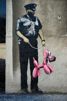 Jeff Koons Balloon dog and Banksy Banksy Graffiti, Street Art Banksy, Bansky, Banksy Artist, Urban Street Art, Best Street Art, Amazing Street Art, Urban Art, Pop Art