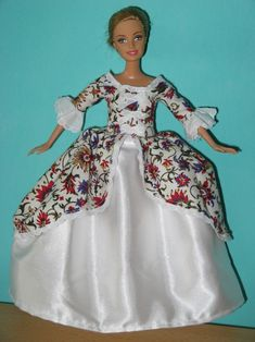 Madame de Pompadour - several free patterns for Barbie doll clothes