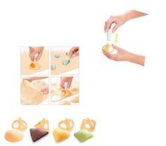Cortapastas para hacer raviolis caseros| http://www.tescomaonline.es/hornear-69076/utensilios-y-accesorios-para-hornear-82076/delicia-83076/delicia-cortapastas-ravioli-4-formas-linea-delicia-841071/