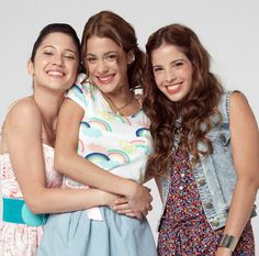 Francesca, Violetta, and Camilla Violetta And Leon, Violetta Live, Camilla, Camila Gallardo, Netflix Kids, Best Frends, Disney Channel Stars, Disney Shows, Bff Pictures